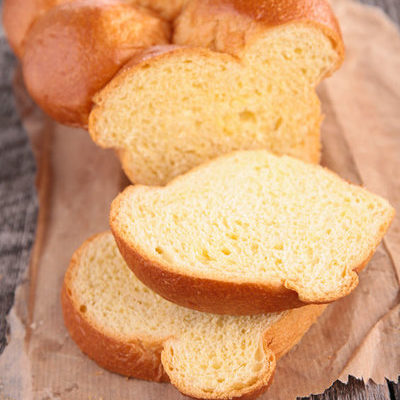Brioche is a type of Viennoiserie bread that is made with eggs and butter, although sometimes sugar is added to give it a mildly sweet taste.