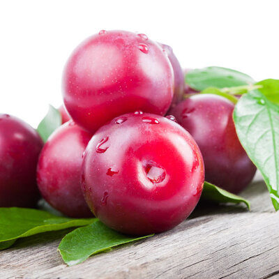Icaco is the fruit of the icaco tree, which grows close to the sea. It is also known as cocoplum, because of its plum-like appearance.