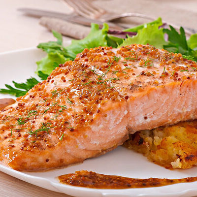Salmon is a type of fish commonly found in the Pacific and Atlantic oceans, but is also extensively farmed.