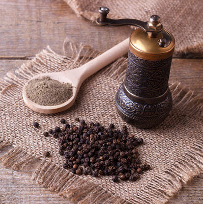 Black pepper is a spice obtained from the Pieraceae flowering vine.